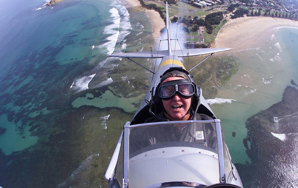 Tiger Moth World aerobatic flight over Pt Danger, Torquay