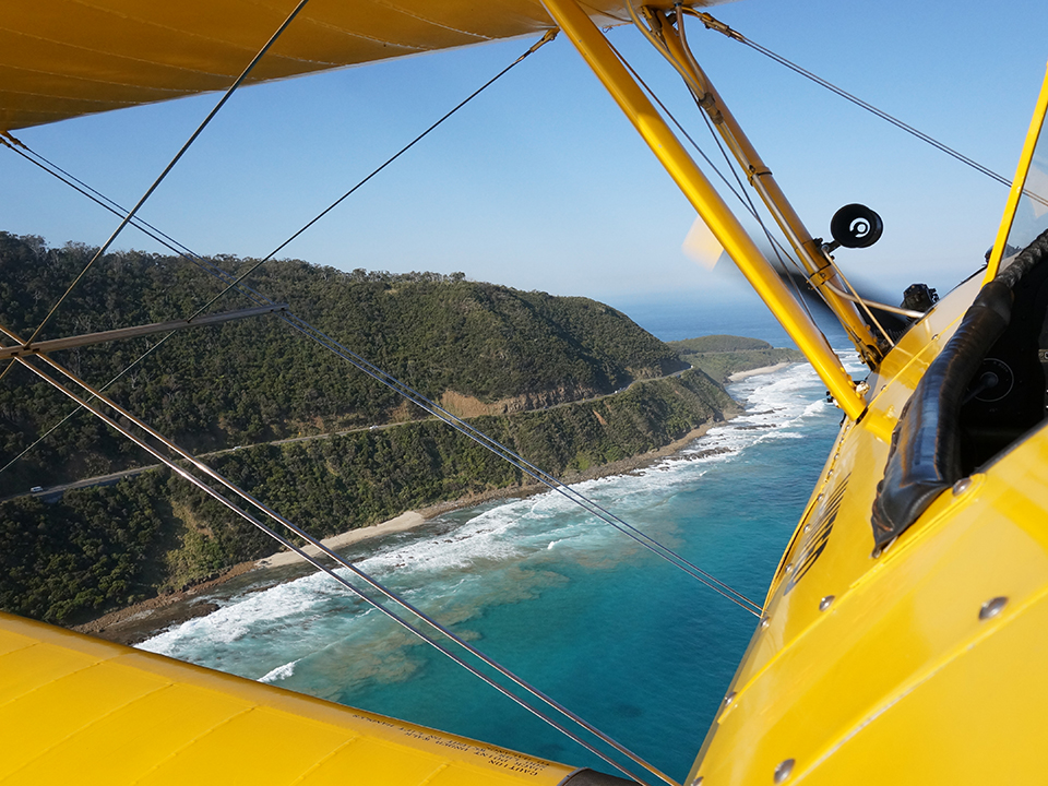 cliff-top-run-great-ocean-road-flight